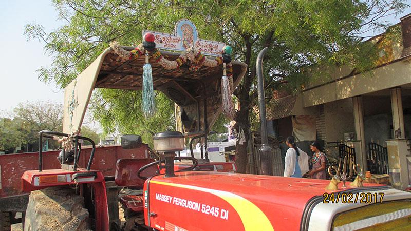 Indischer Traktor